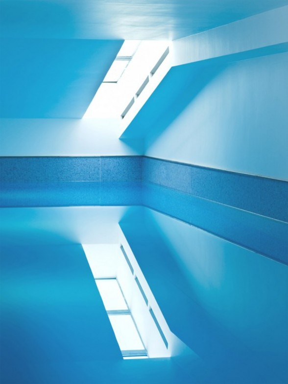 Luxurious-House-Design-with-Indoor-Swimming-Pool-by-Eva-Harlou-Windows