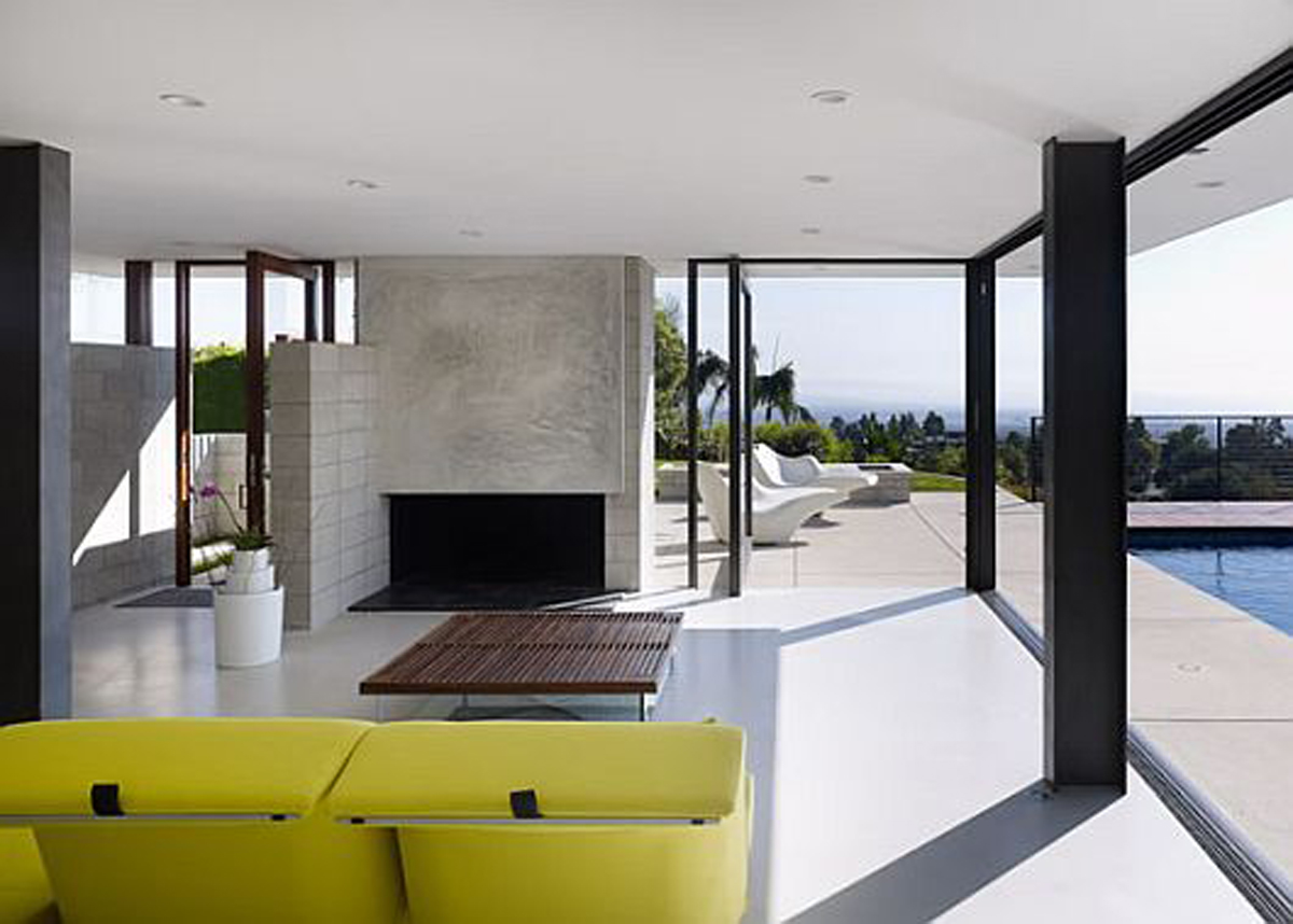 Modernity and Luxurious House Design