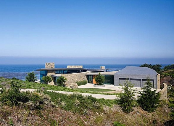 Luxurious-Mountain-House-Design-Otter-Cove-Residence-by-Sagan-Piechota-Architecture