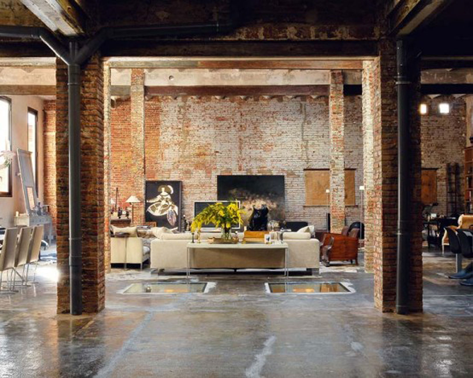 Mixing Old World Style Modern Loft With Industrial Bricks Element For Apartment