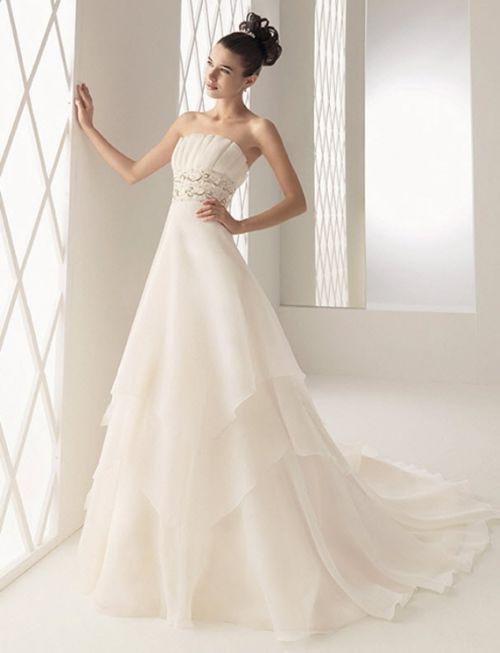 Glamour-Wedding-Dress-03