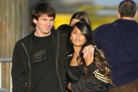 Lionel-Messi-Wife