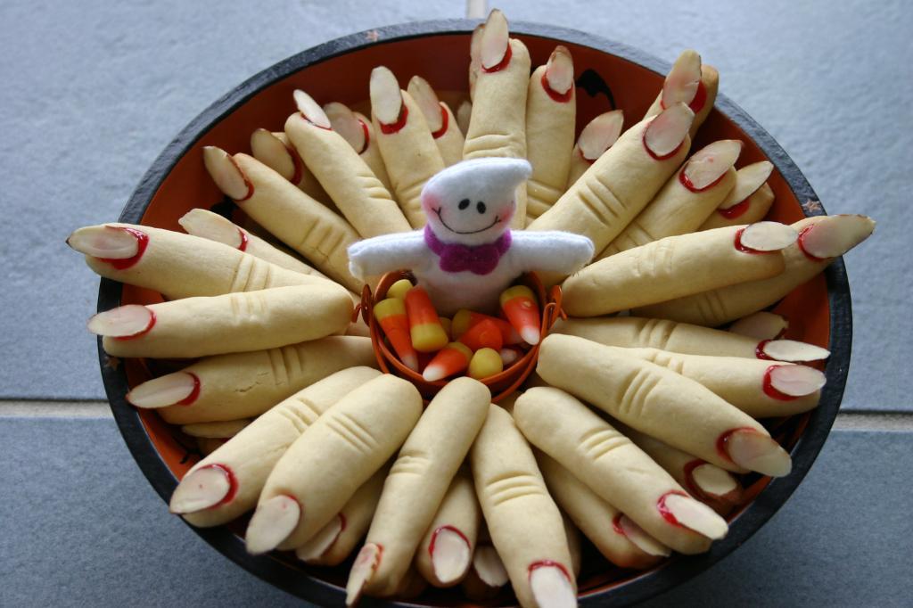 Decorating Halloween Cupcakes Ideas Elitflat