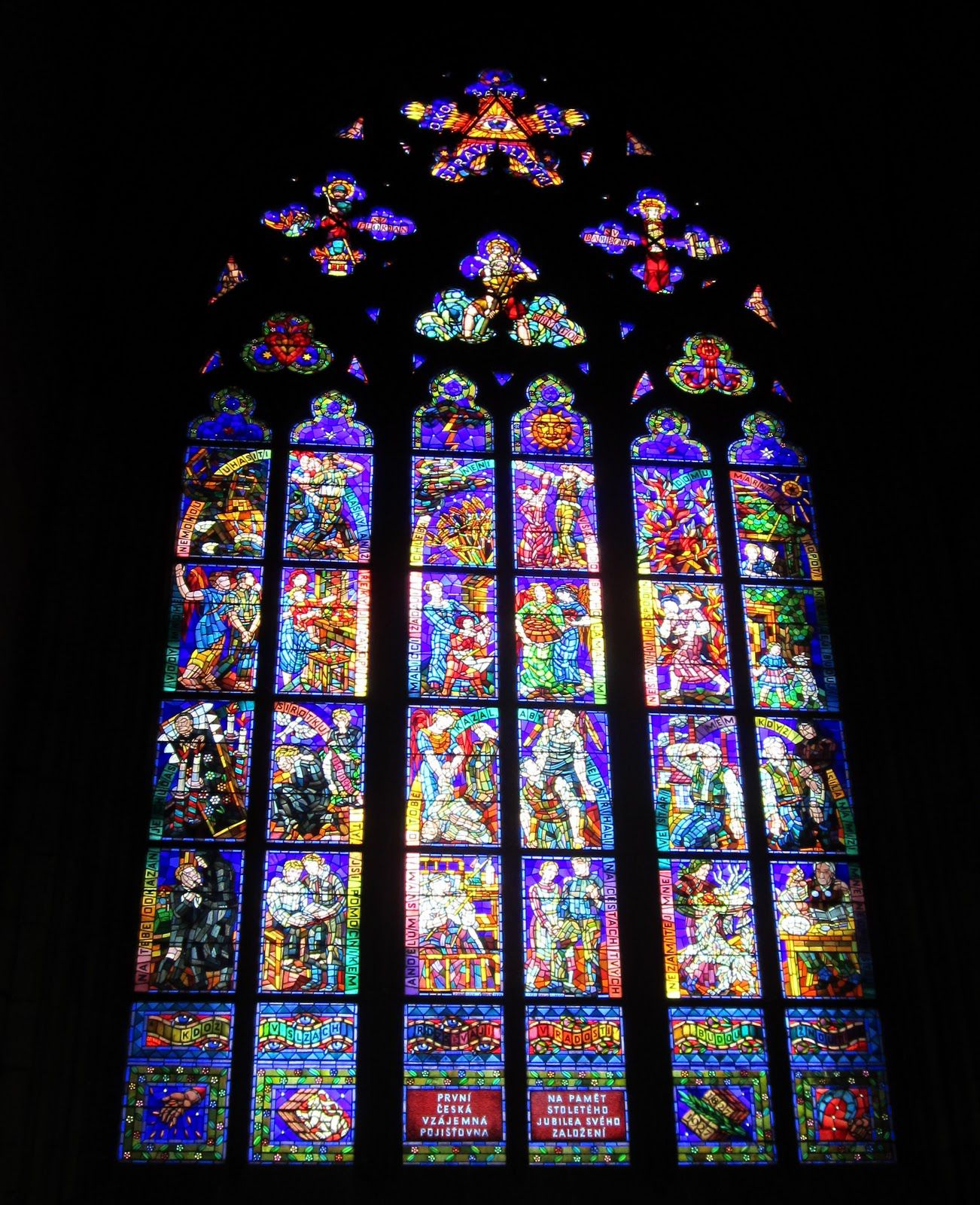 Gothic architecture window images for Architecture windows