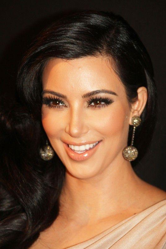 Kim-Kardashian-Style-makeup-536x804
