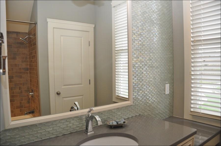 Contemporary-Bathtub-Design