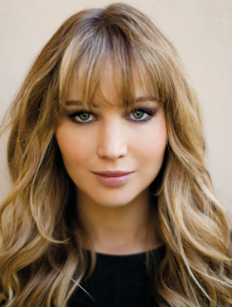 Jennifer Lawrence Long Weavy Hairstyle with Bangs