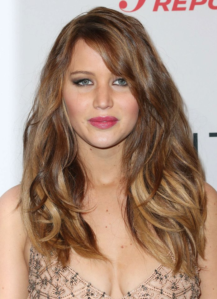 Jennifer Lawrence Long Weavy Hairstyle