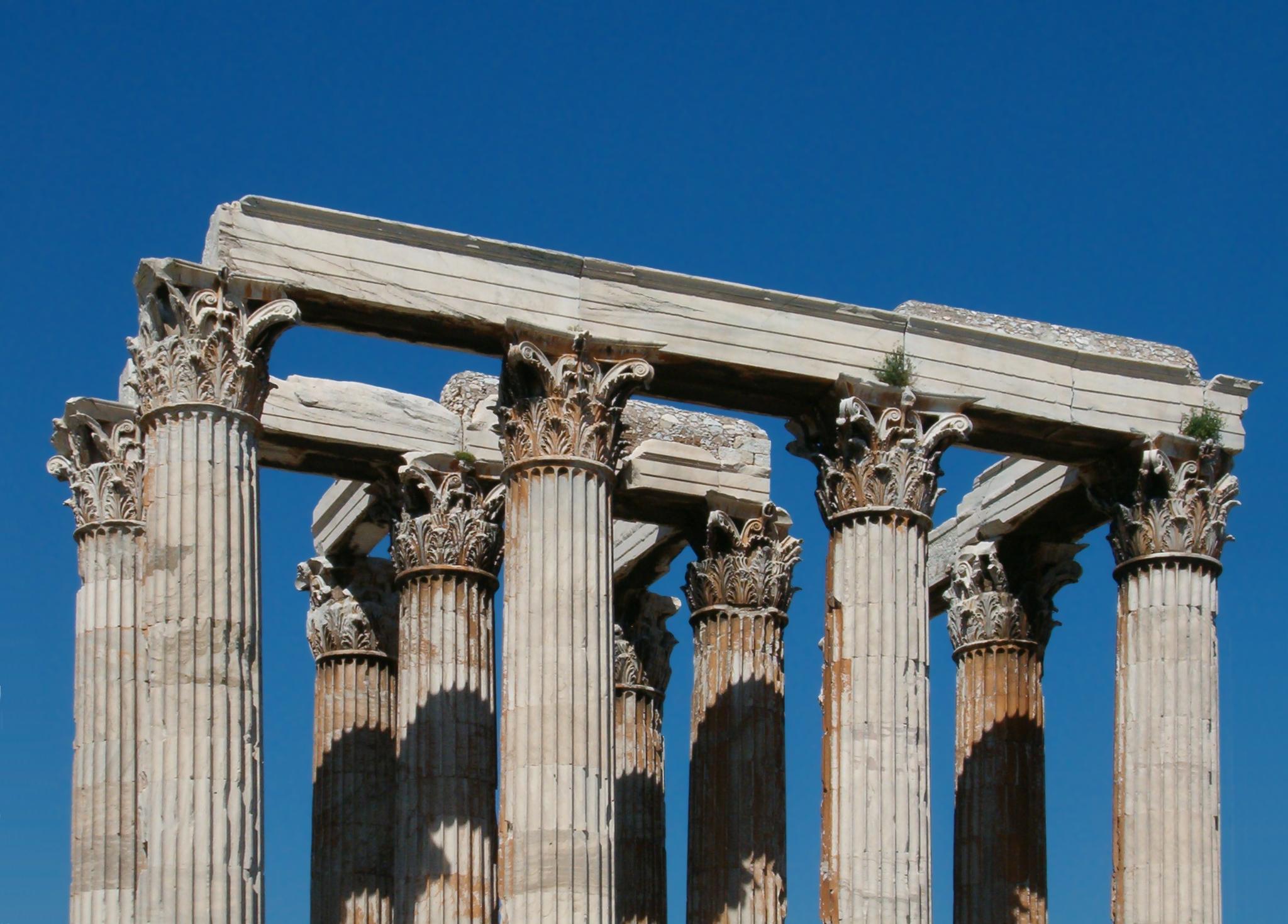 Corinthian Columns The Temple Of Olympian Zeus 2