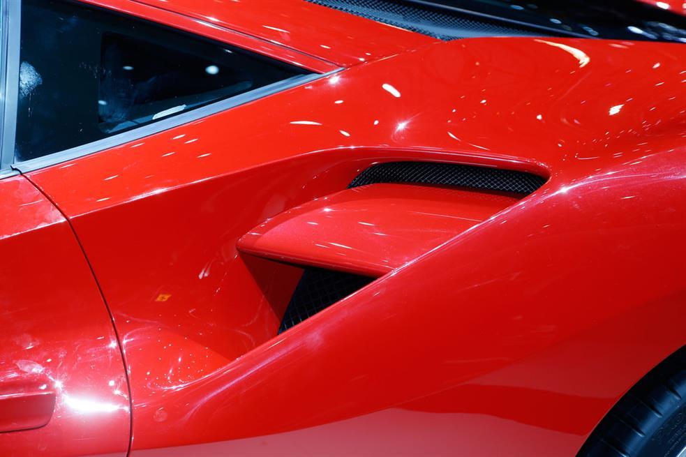 Ferrari-488-GT-Image-6
