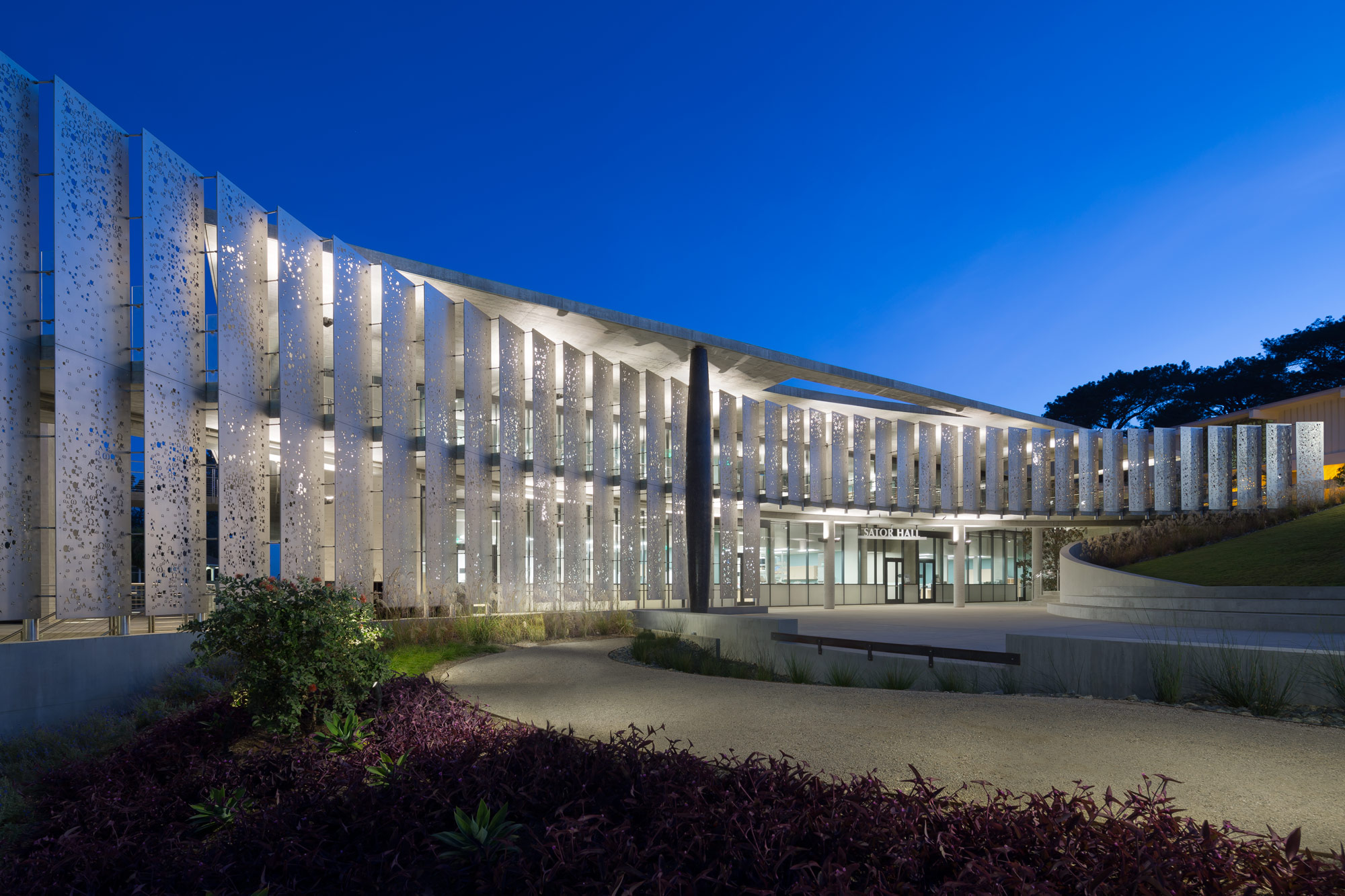 Modern Architecture Various Benefit Employing Solar